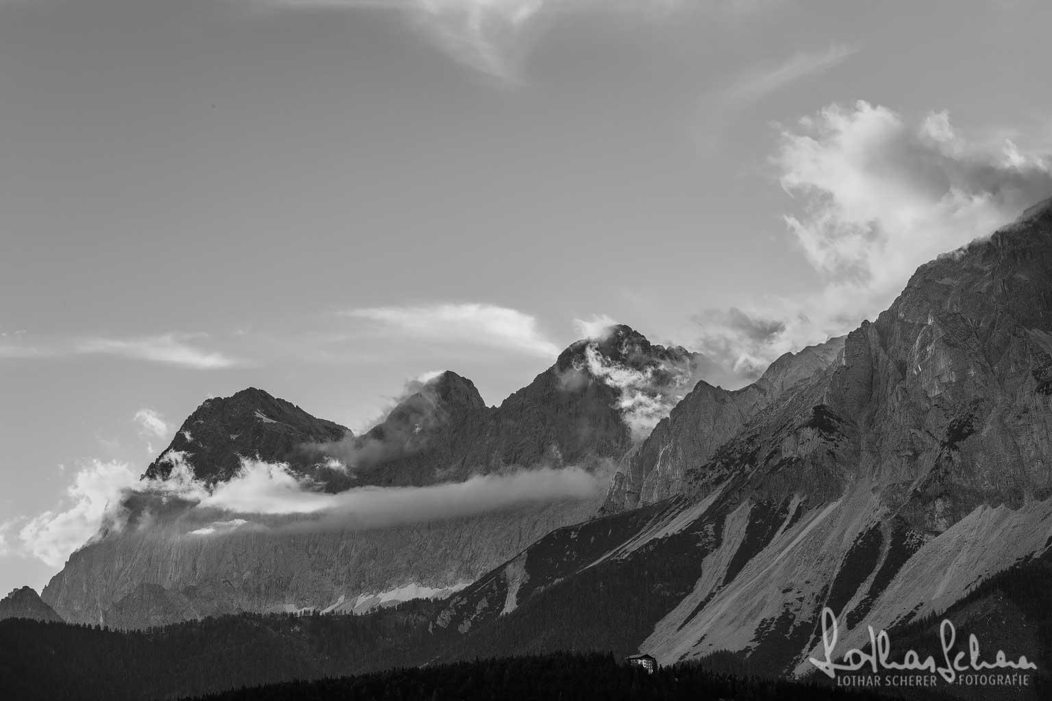 Wolkenstimmung am Dachstein 1