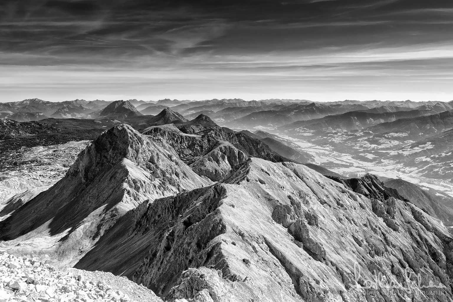 Scheichenspitze, Blick nach Osten 2